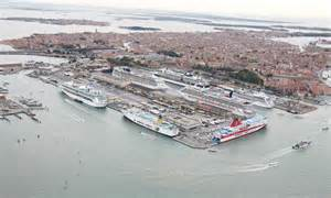 retour sur le blocage du port de venise olia i klod
