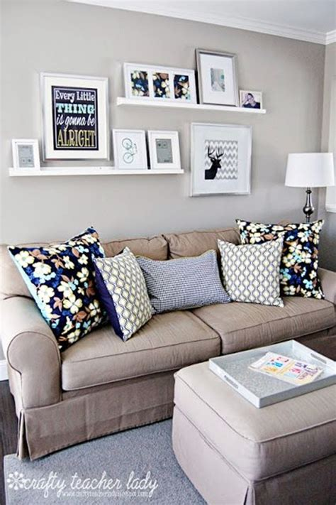 easy living room ideas 40 simple but fashionable living room wall decoration