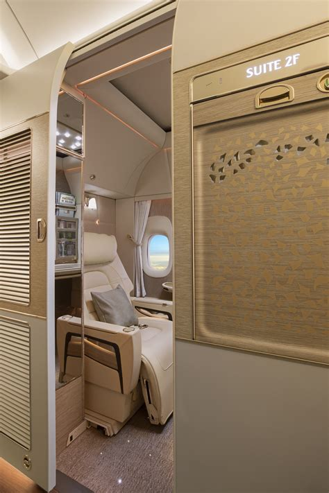 emirates class cabin emirates unveils brand new cabins for its boeing 777 fleet