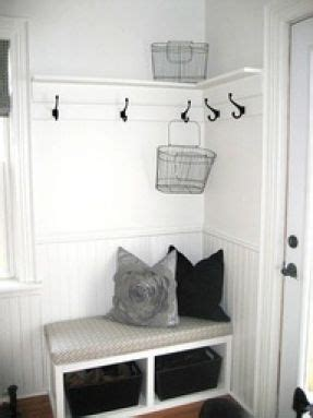 Foyer Nook Ideas by Small Entryway Ideas Could Try This Beside The Closet