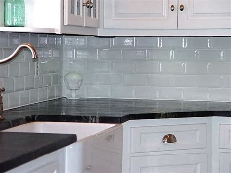 glass tile backsplash glass backsplash design home kitchen ideas decor modern
