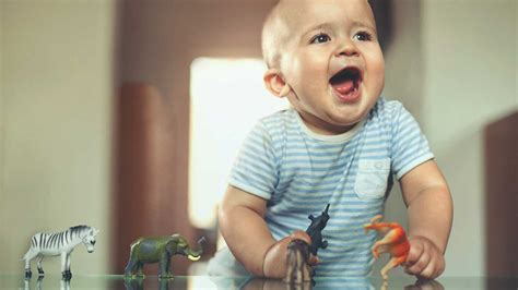 Play Baby Healt 6 types of play important to your child s development