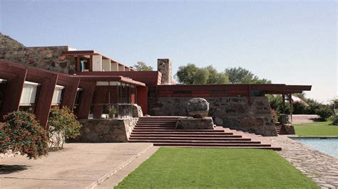 lloyd wright architecture frank lloyd wright architecture school might not lose