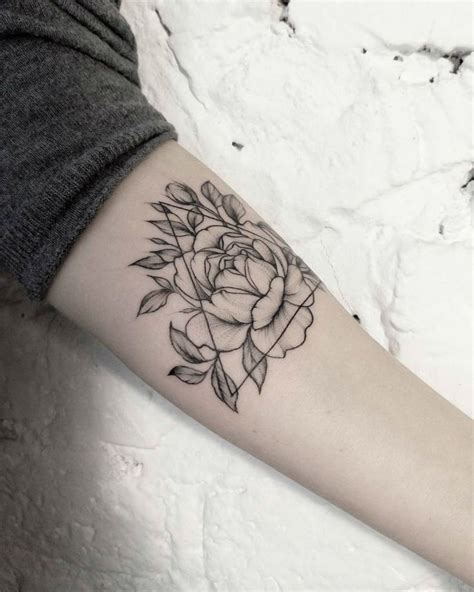 fine line tattoo designs best 25 line tattoos ideas on small