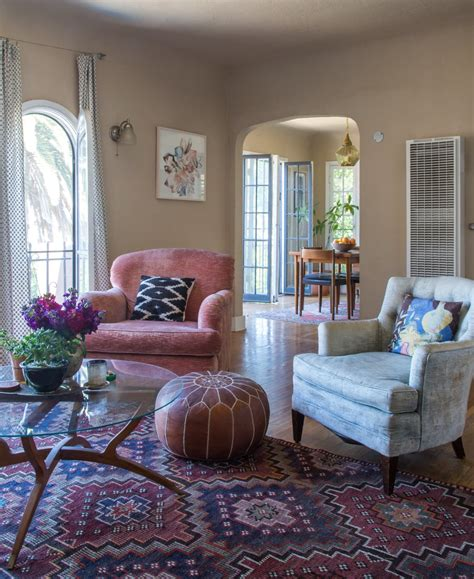 Arrange A Living Room by Don T Make These Mistakes When Arranging Your Living Room