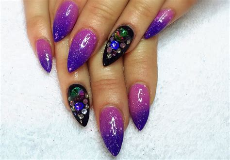 color changing nail in water top 6 trending color changing nail polishes to opt for