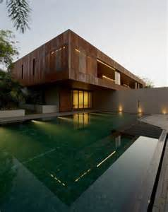 Awesome Bureau Architecte Maison Du Monde #6: Maison-architecte-Inde-bardage-acier-Corten-piscine.jpg