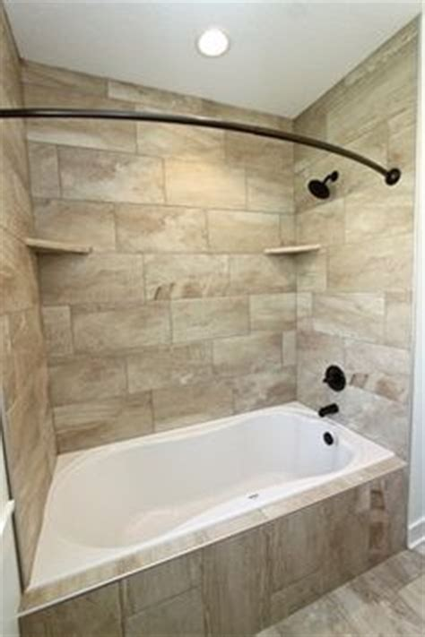 Jet Bathtub Shower Combo by Bitty Bathroom On Small Bathrooms Tile