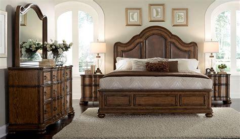 chestnut bedroom furniture chestnut bedroom furniture classic chestnut bedroom set classic bedroom beds in