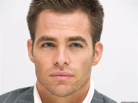 handsome actor with blue eyes chris pine blue eyed handsome american men pinterest