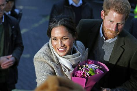 harry meghan prince harry and meghan markle visit london radio station