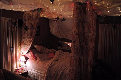 photographer bedroom bed bedroom canopy comfy gorgeous lights image