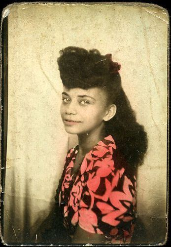 1940s and 1960s hairstyles facts young african american woman african american women