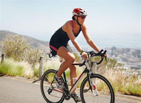 dimagrire il sedere bici per dimagrire la pancia il sedere e le gambe in sella