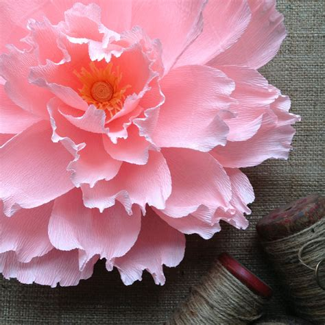 How To Make Big Flowers Out Of Crepe Paper - oversized paper flower crepe paper wall by