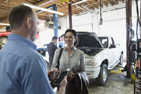 How to Negotiate Auto Insurance Benefits After an Accident