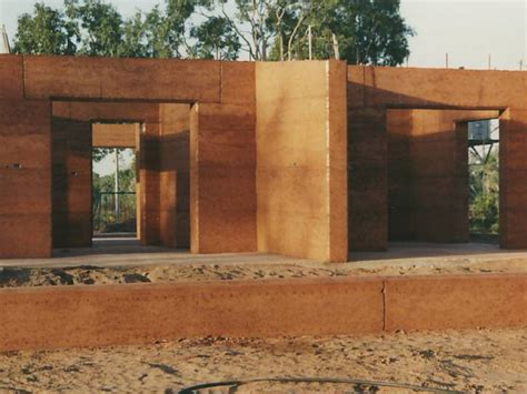 benefits of rammed earth construction thermal properties rammed earth enterprises