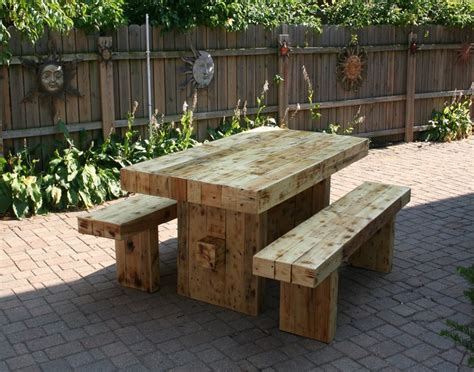 reclaimed wood outdoor furniture recycled wood outdoor furniture ideas recycled things