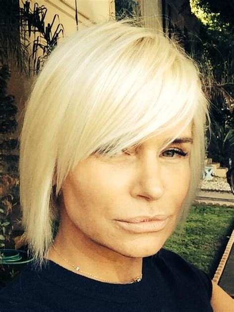 yolandas hair cit from house wifs of baberlyhills tamra barney gets bangs yolanda foster debuts shorter