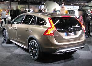 Volvo Country 2016 Volvo V60 Cross Country Review 2017 2018 World