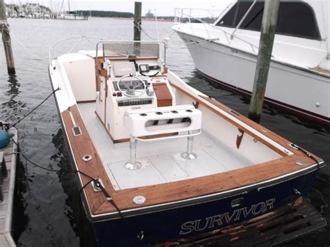 leaning posts for center console boats beautiful center console on a 25 and leaning post seat