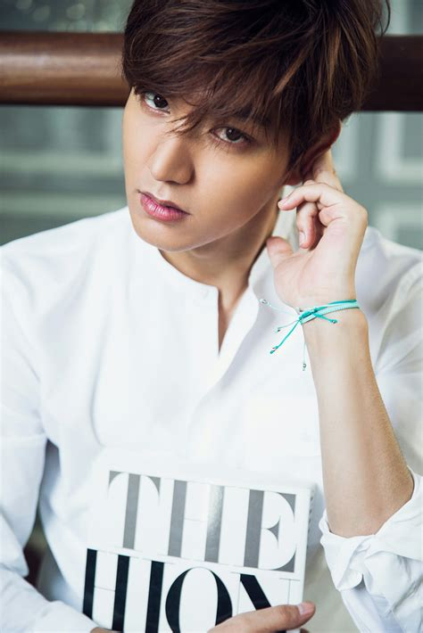 film lee min ho line romance lee min ho to challenge two roles in the legend of the