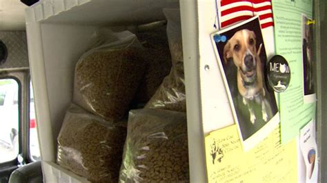 Food Pantry For Dogs by One Simple Way This Organization Is Preventing Dogs From