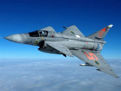 saab viggen can land and take in less than 1 minute