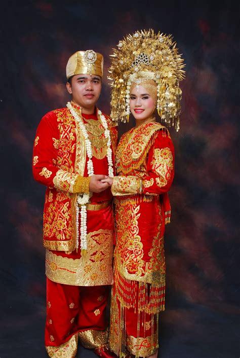 tutorial rias pengantin padang tata rias pengantin adat minang tata rias wajah pengantin