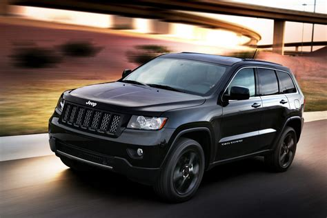 jeep cherokee black jeep unveils nameless all black jeep grand cherokee
