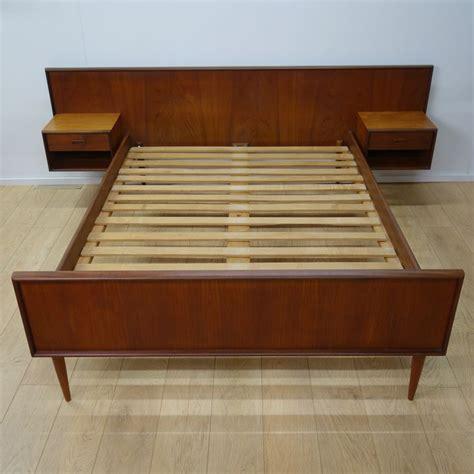 mid century modern furniture design best 25 mid century modern bed ideas on mid century modern bedroom mid century