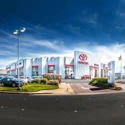Toyota Dealership Roseville Roseville Toyota 73 Photos 621 Reviews Dealerships