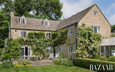 traditional cottage style homes cotswold cottage style samantha cameron shares a glimpse inside her beautiful