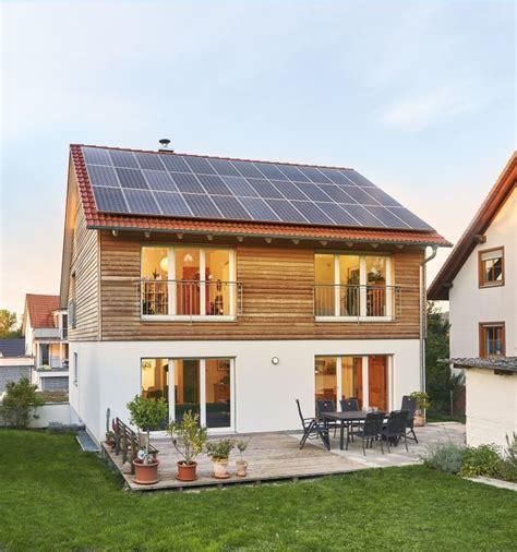 Fertighaus Nach Wunsch by Danhaus Bietet 1 Liter Haus Als 40 Plus Effizienzhaus An