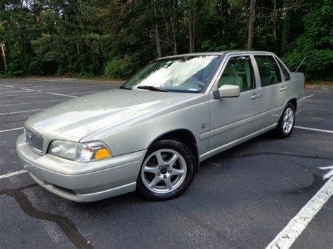 2001 volvo s70 find used 2000 volvo s70 leather sunroof power seats