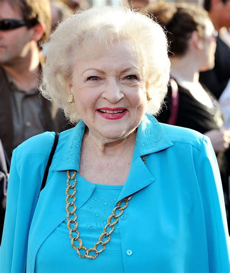 my betty white ripbettywhite is she dead nope it s a hoax hype malaysia