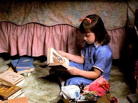 themes in the film her lavender alice matilda