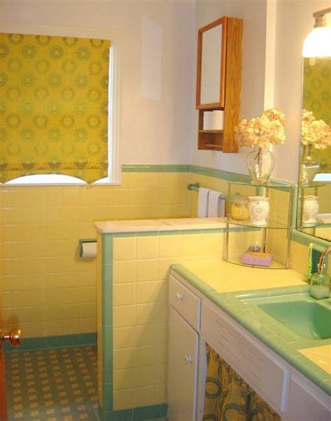Yellow Tile Bathroom Ideas by 33 Vintage Yellow Bathroom Tile Ideas And Pictures