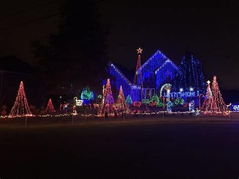 synchronized christmas lights amazing synchronized