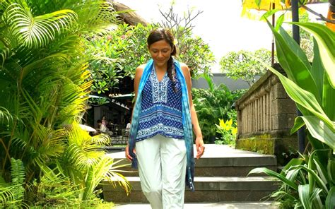 wear   retreat yoga meditation detox