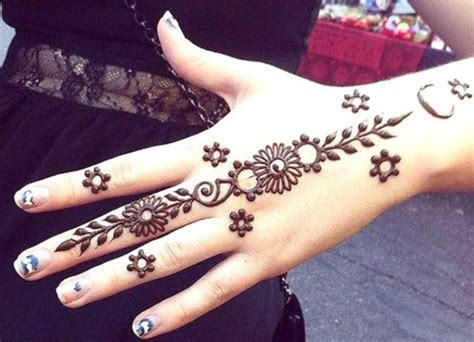 tato henna di kaki henna kaki yg simple makedes