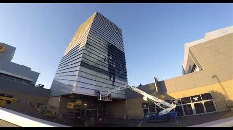 centro porte la torre di jurassic world al centro commerciale porta di