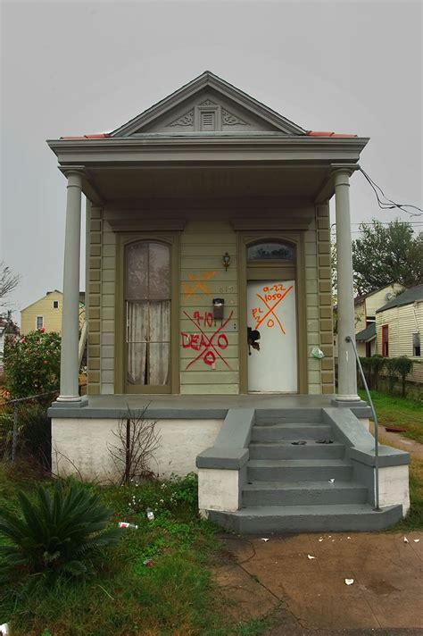 photo 521 24 a shotgun house at 825 second st in