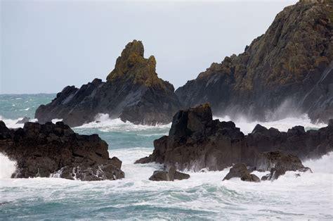 rugged rock rugged rocks gurnard s cornwall guide photos