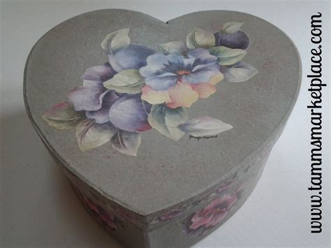 paper mache decoupage grey paper mache box with decoupage flowers qbx010
