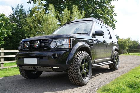 land rover discovery 4 off road compomotive wheels and cooper stt tyres prospeed