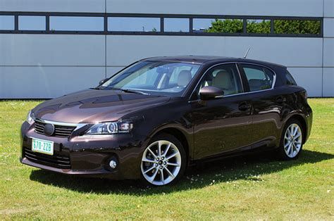 lexus ct200h trunk lexus ct200h trunk automotive news