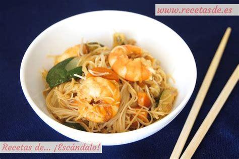 como cocinar fideos de arroz chinos fideos de arroz chinos con gambas y verduras cocina