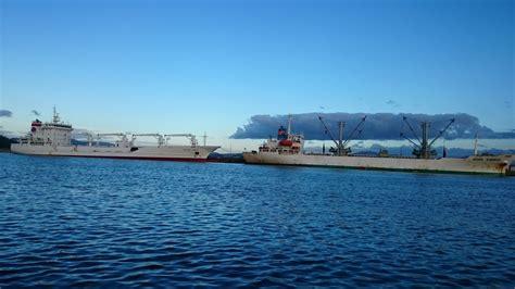 imagenes de barcos atuneros en compostela m 225 s barcos atuneros en la puebla del carami 241 al