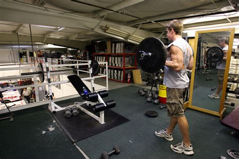 Garage Workouts by Day 2 Nascar Driver Carl Edwards Photo Essays Bobrosato